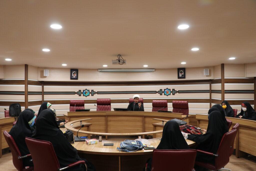نشست با شورای عمومی خواهران انجمن اسلامی در پردیس البرز
